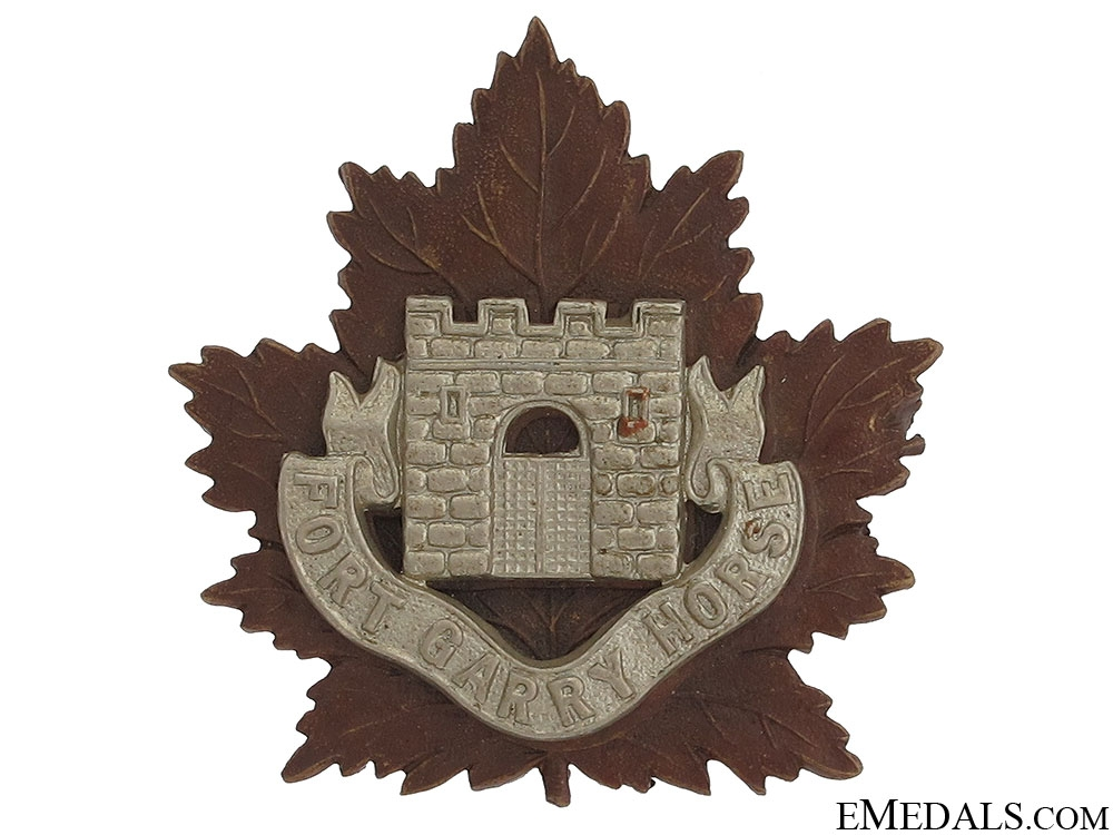 WWII Fort Garry Horse Officer Cap Badge