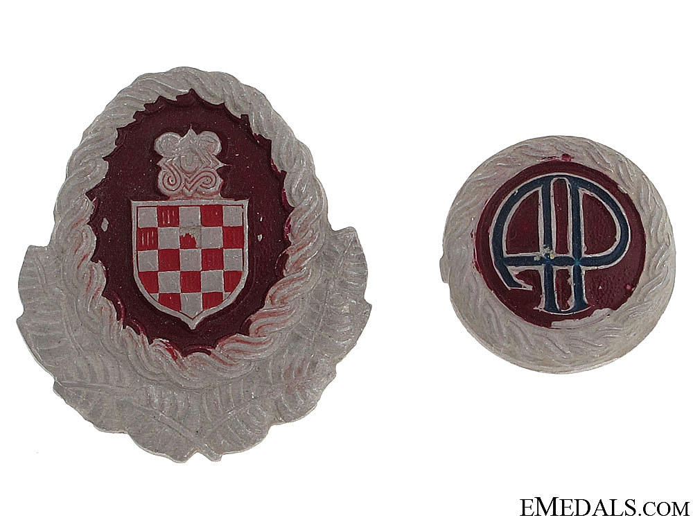 WWII Officer's Cap Badges