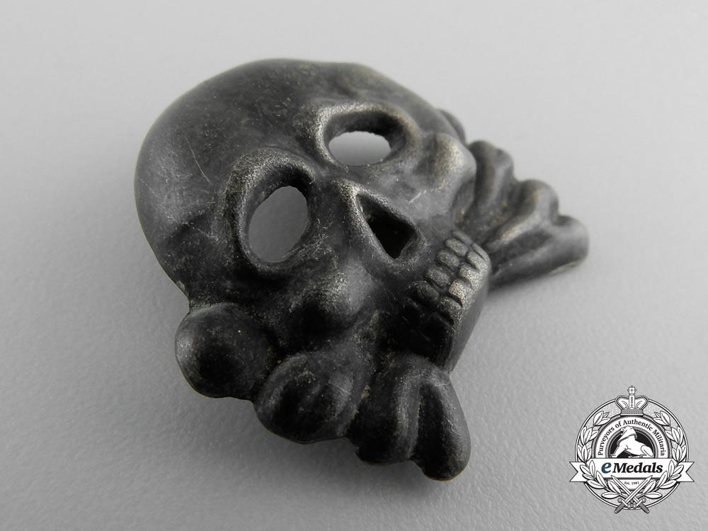 An SS Skull; Danziger type I