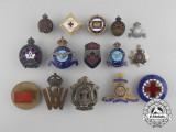 A Lot of Fifteen First & Second War Canadian Badges
