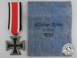 A Mint Iron Cross Second Class 1939 with Packet; Maker 25