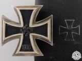 An Iron Cross First Class 1939 by Juncker with Case