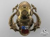 A Peruvian Deep Sea Diver Badge