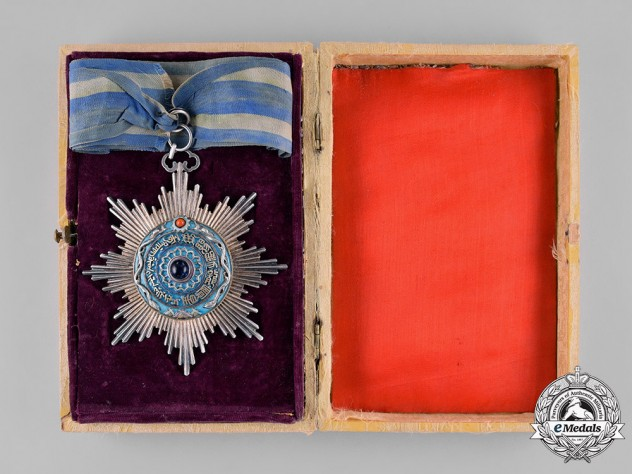 China, Qing Dynasty. An  Imperial Order of the Double Dragon, III Class, II Grade, c.1910