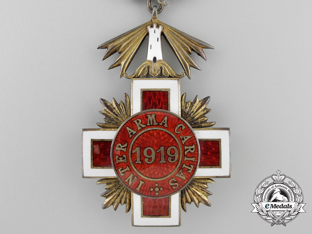 an estonian red cross decoration breast badge. Black Bedroom Furniture Sets. Home Design Ideas