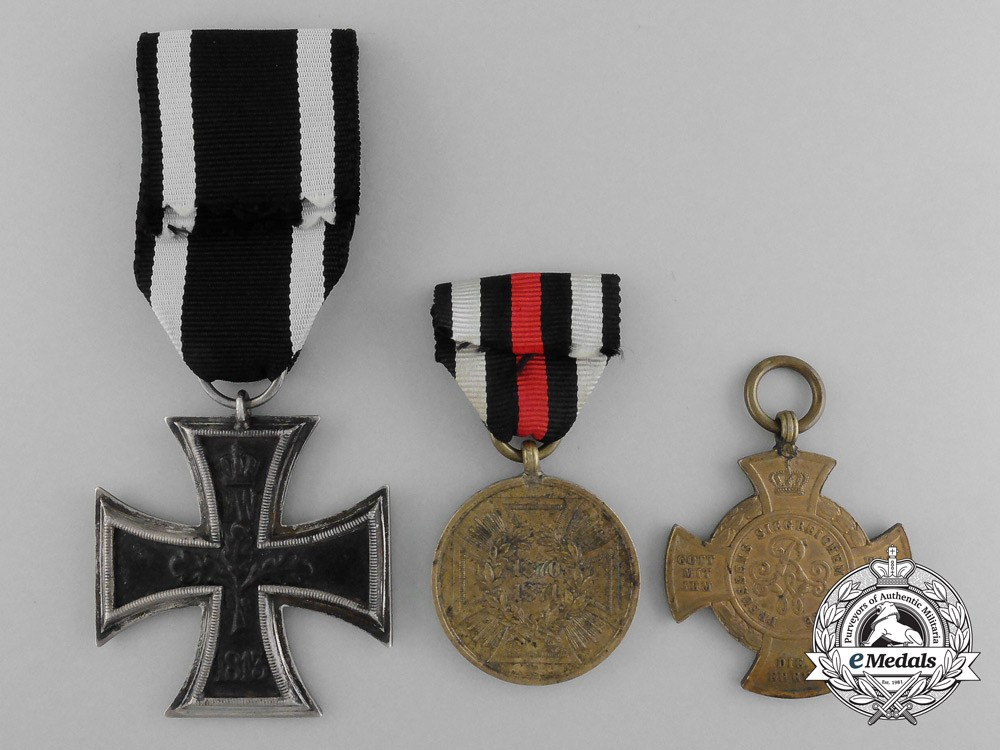 A lot of three imperial german awards medals and decorations for Awards and decoration