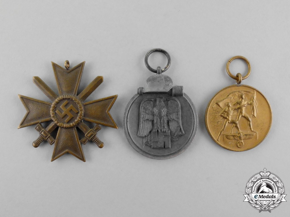 Three second war german medals awards and decorations for Awards and decoration