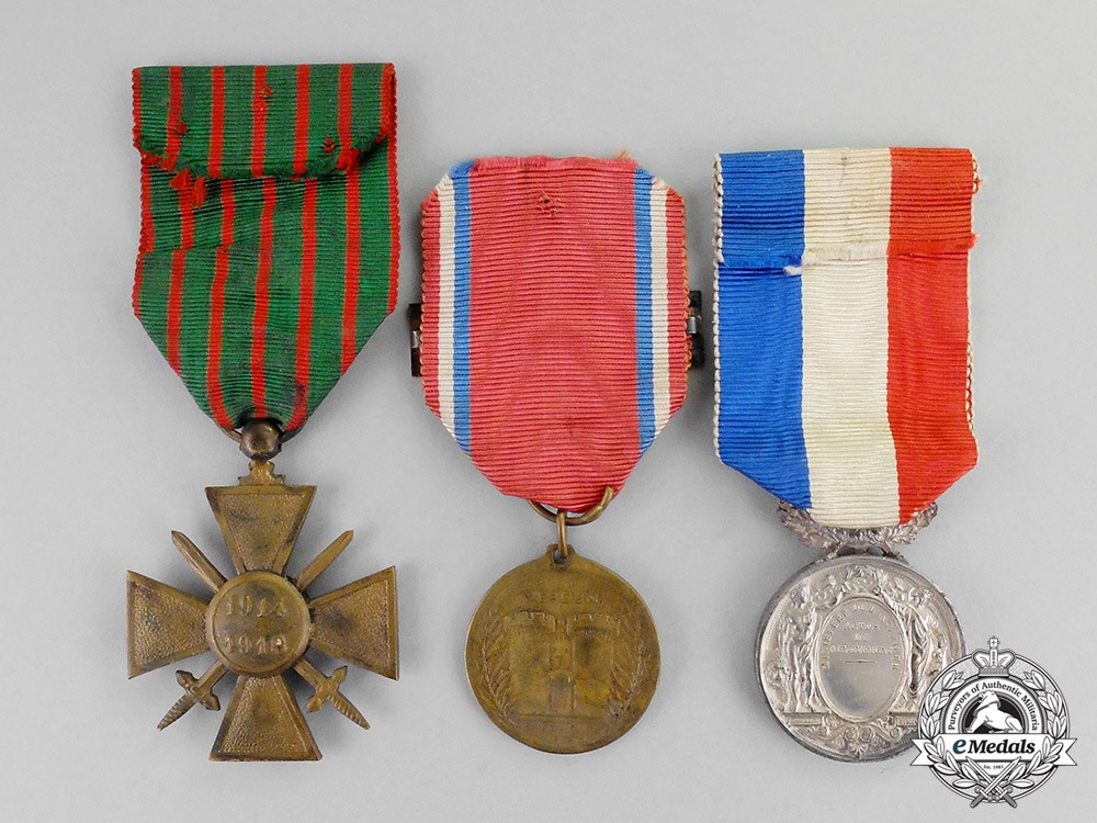 France republic three awards decorations 1918 for Awards decoration