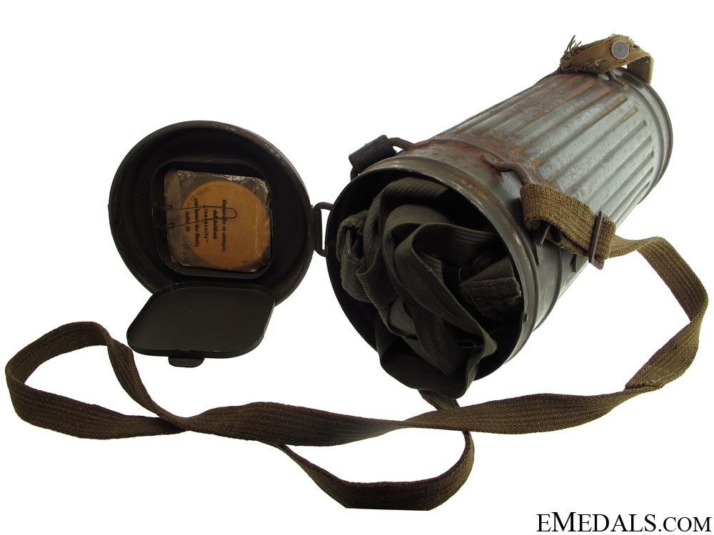 WWII German M30 Gas Mask